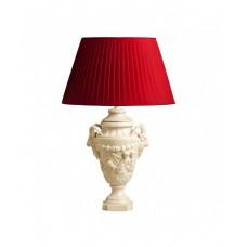 Лампа с бордовым абажуром